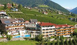 **** HotelLandsitz Stroblhof, Dorf Tirol